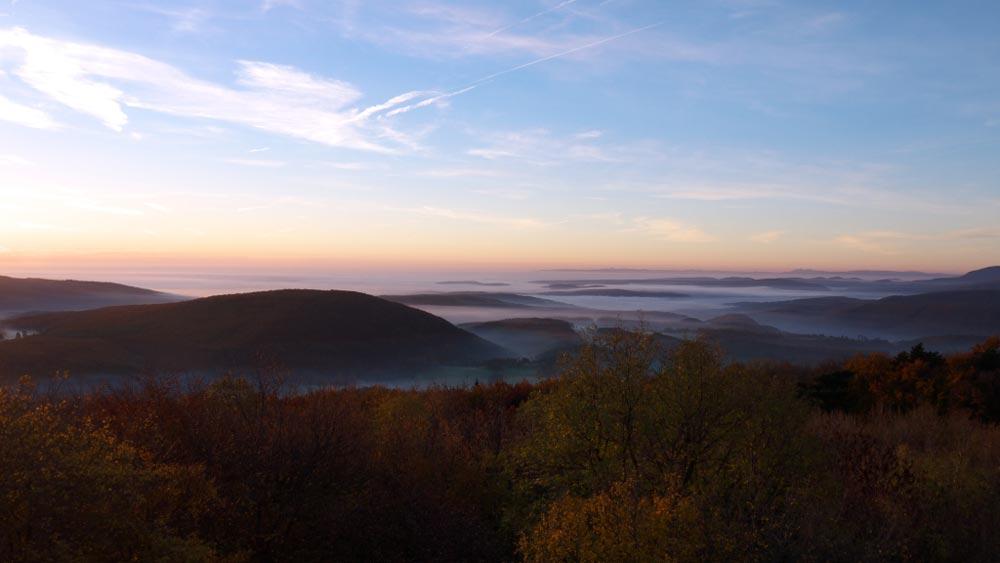Wandern auf den Wiener Hausberbergen